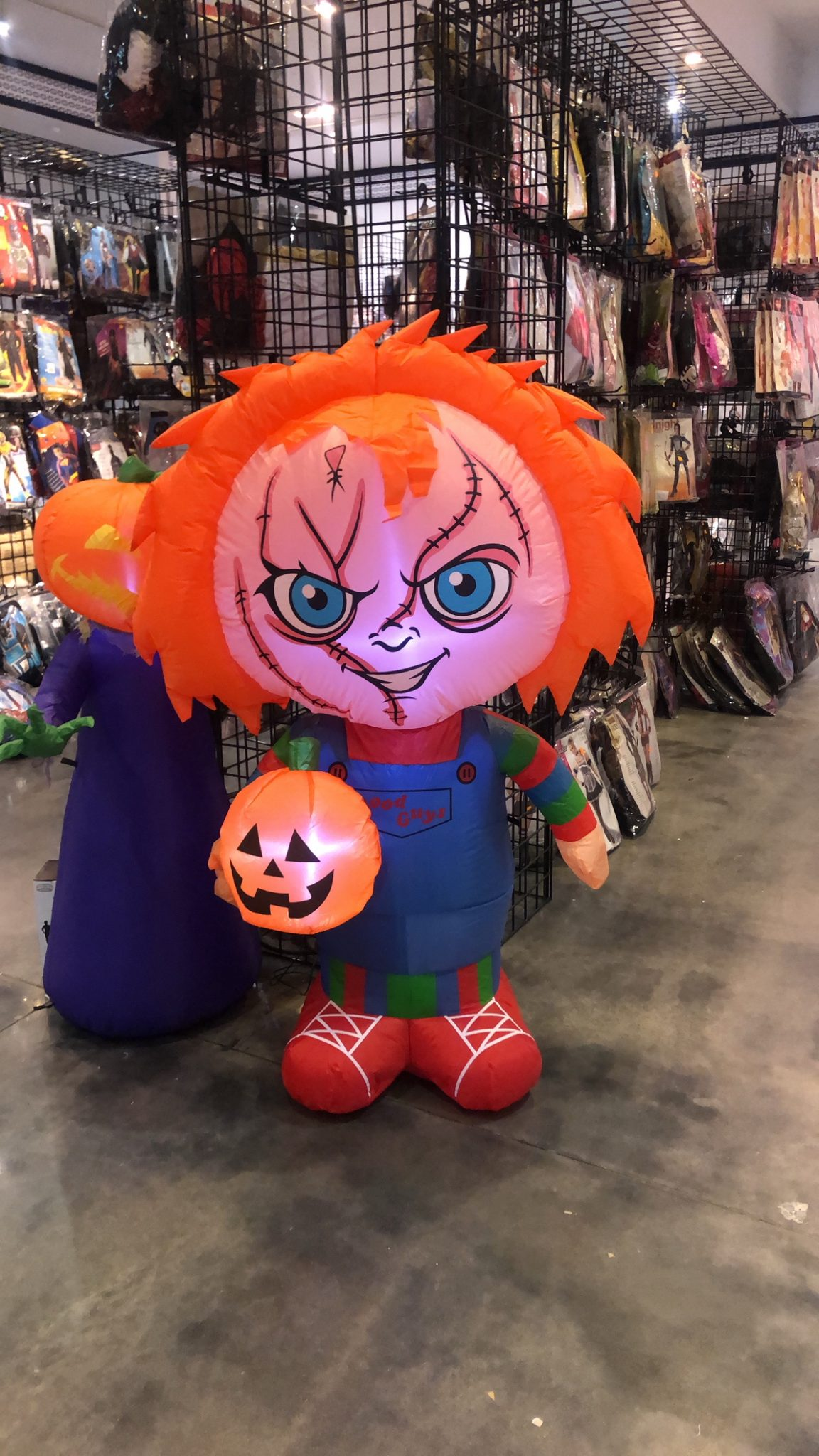 Halloween Costumes 07726.Halloween Wholesalers Tries To Bring Sense Of Normalcy To This Year S Halloween Centraljersey Com
