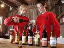 Mother's Day Wine Trail Weekend at Terhune Orchards